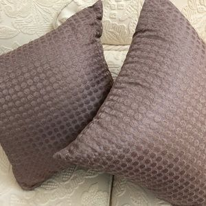Set of Two mauve color fashion accent toss pillows